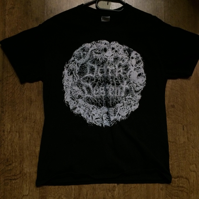 Photo of the Dark Descent Records -